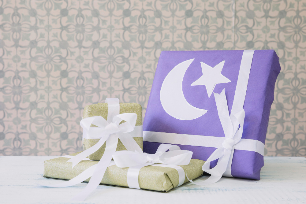 ramadan-composition-with-gifts
