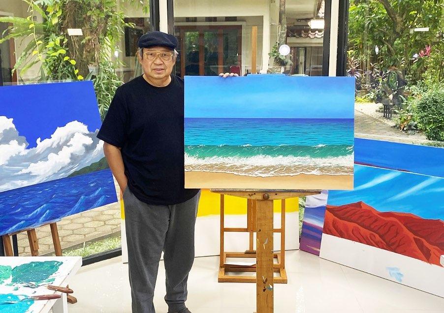 Pak SBY dengan Karyanya